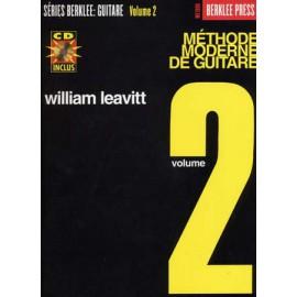 LEAVITT BERKLEE METHODE MODERNE GUITARE 2 FRANCAIS (PACK PARTITION+CD)